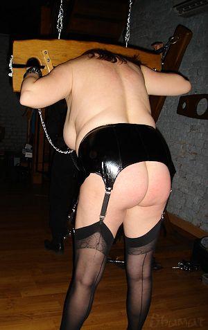 enk52_dj10 dans Donjons, clubs, saunas