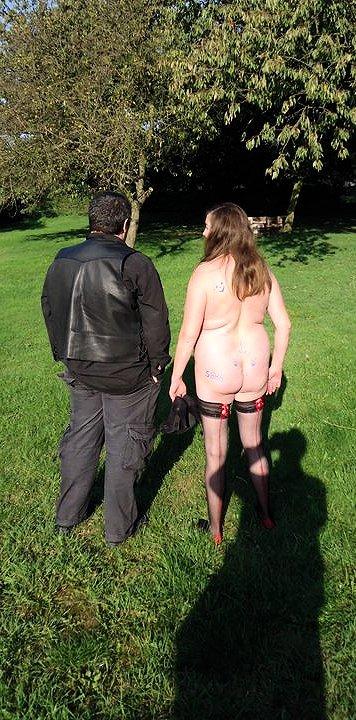 Grandes turpitudes - Garden party dans BDSM enk61_belar59