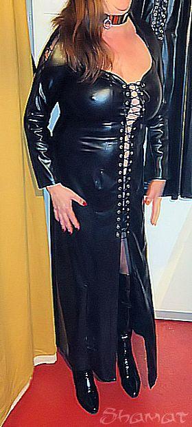 Salon de l'érotisme de Charleroi – Robe longue dans Exhib en public enk63_chroi07