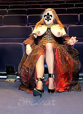 Teatro - Nella stanza dans Bustier noir enk64_th25