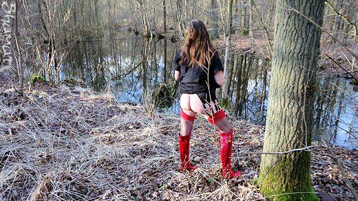 Forêt de St Amand – Mare et cul dans Chaussures-Bottes enk66_sta20