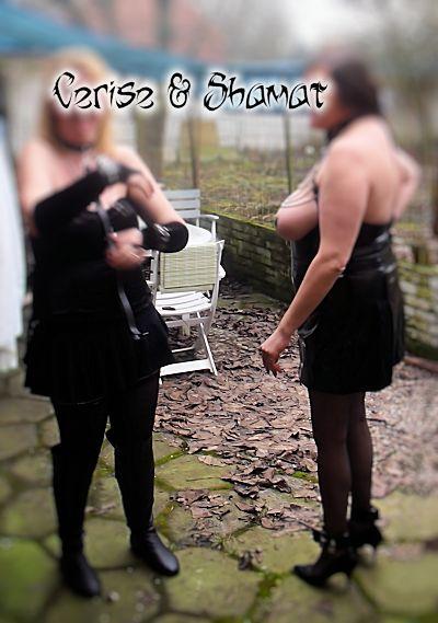 enk70_bxl13-07 dans Seins nus
